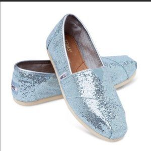 NWT TOMS Classic Slip Ons, Blue Glittery, 5.5